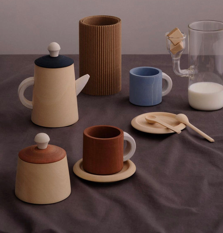RADUGA GRËZ  | Wooden Tea Set | Terracotta + Blue