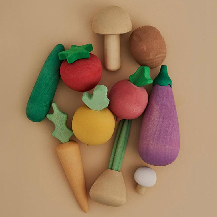 RADUGA GRËZ  | Wooden Vegetable Set