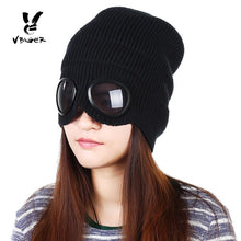 Load image into Gallery viewer, Ski Cap with Built in Sunglasses