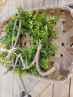 Hi Tobacco Basket with Wreath Farmhouse Style - Farmhouse Florals