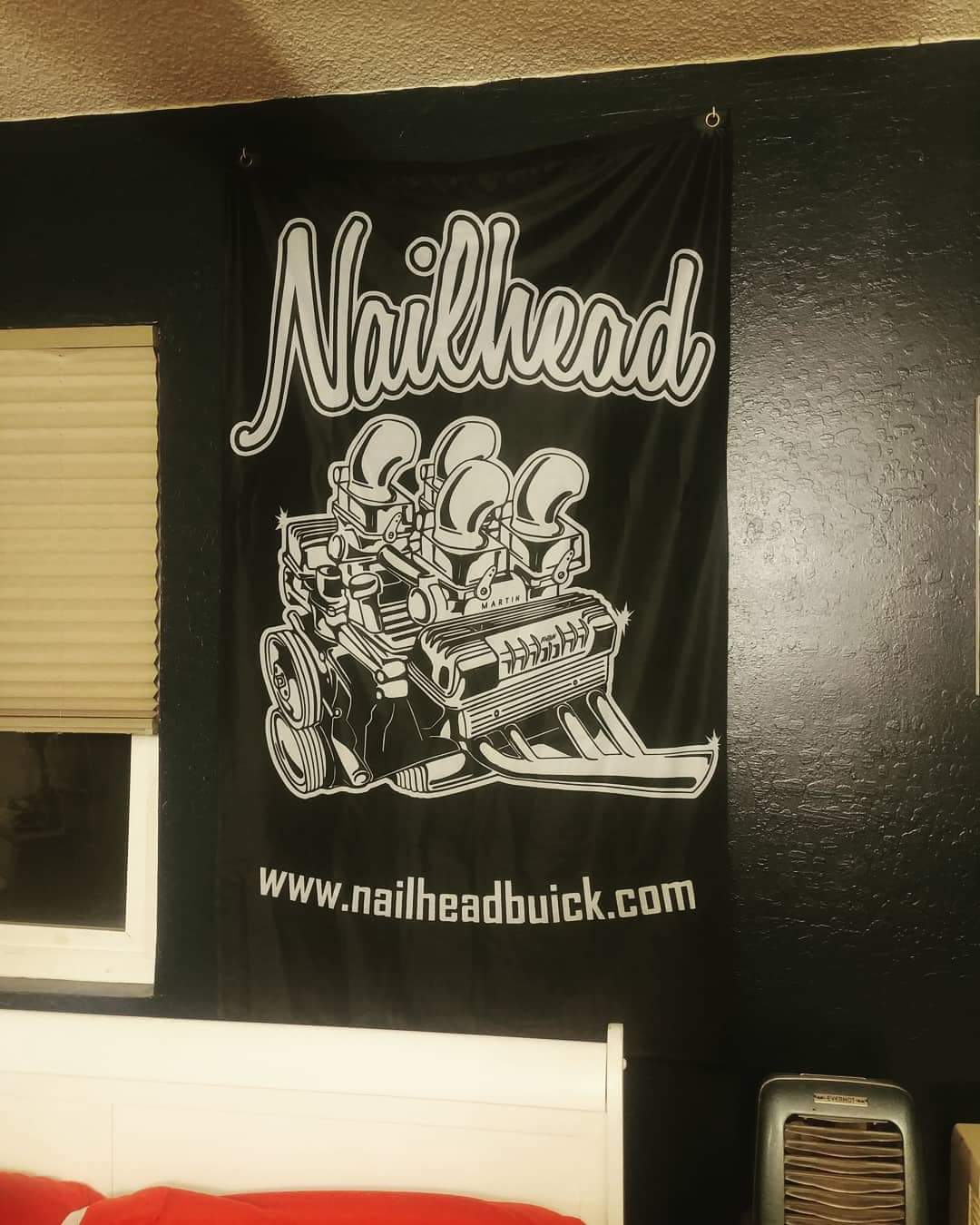 Nailhead WallFlag