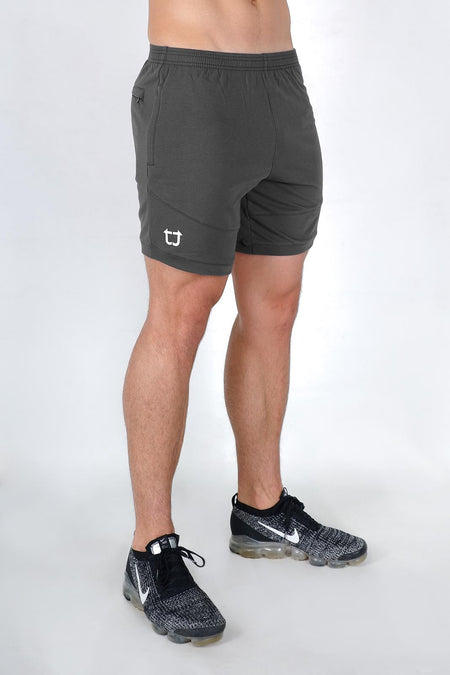 Movement Shorts - Black