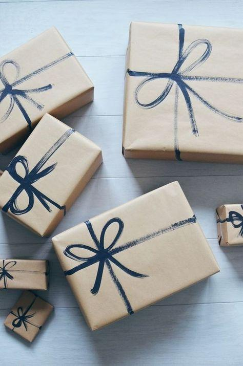 Workshop: DIY Wrapping paper + Gift Wrapping -60 mins