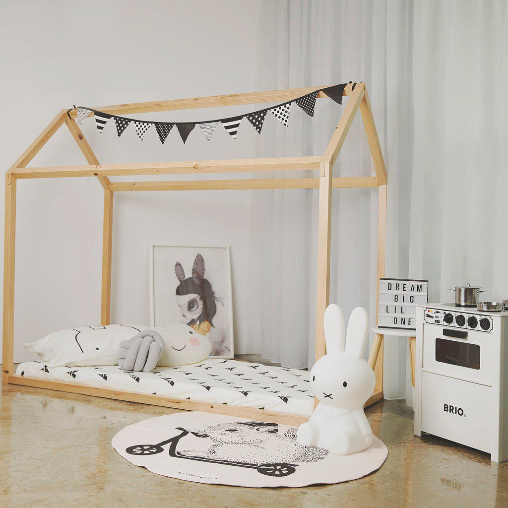 Scandinavian House Bed - Urban Li'l