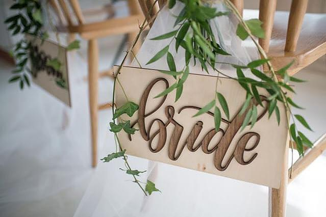 Bride & Groom Pop-up Signage with Nehohmee's Calligraphy