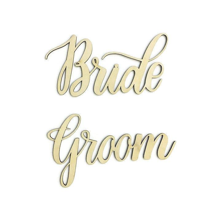 Bride & Groom Signage with Nehohmee's Calligraphy