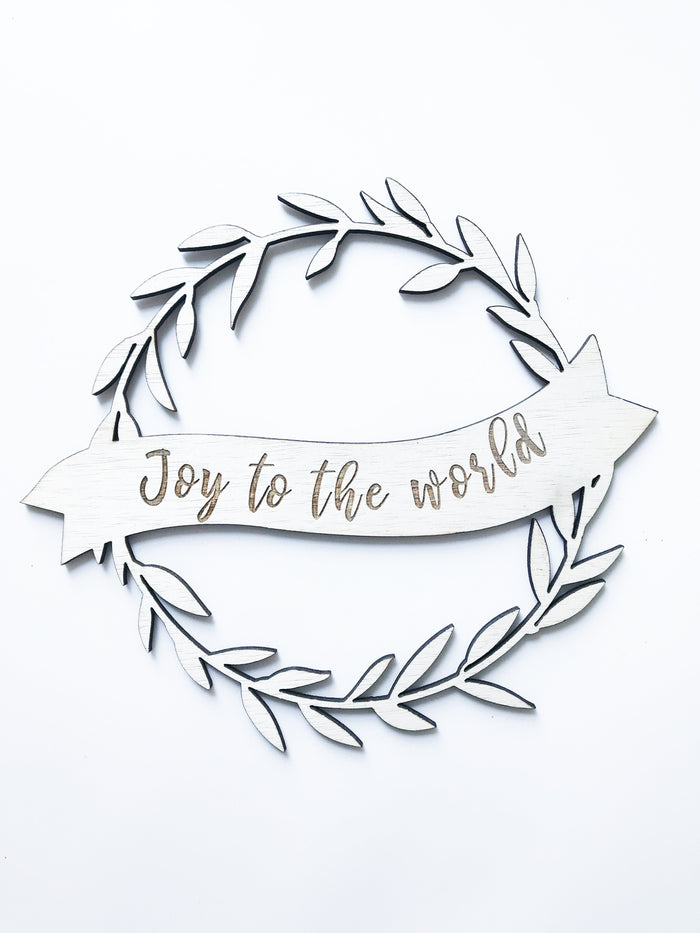 'Joy To The World' Christmas Plaque in Plywood, 30cm