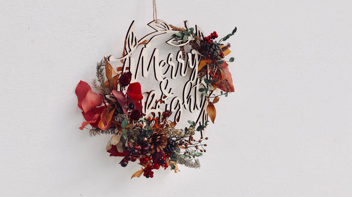 'Merry & Bright' Christmas Wild Flowers Wreath
