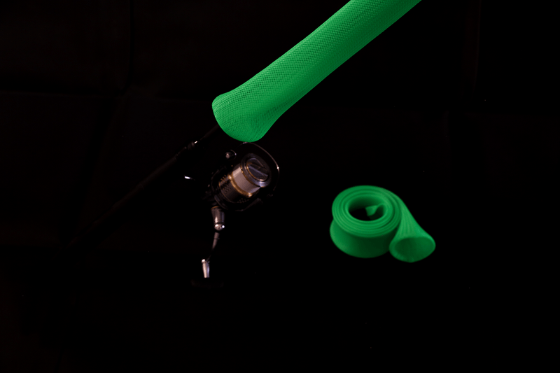 "Rod Armour Case Neon Green Light/Medium Tackle with CrocClip (5 to 7'6"")"
