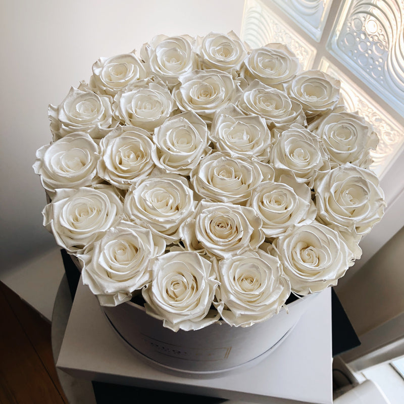 Grand Luxe Bouquet Box - Pearl White