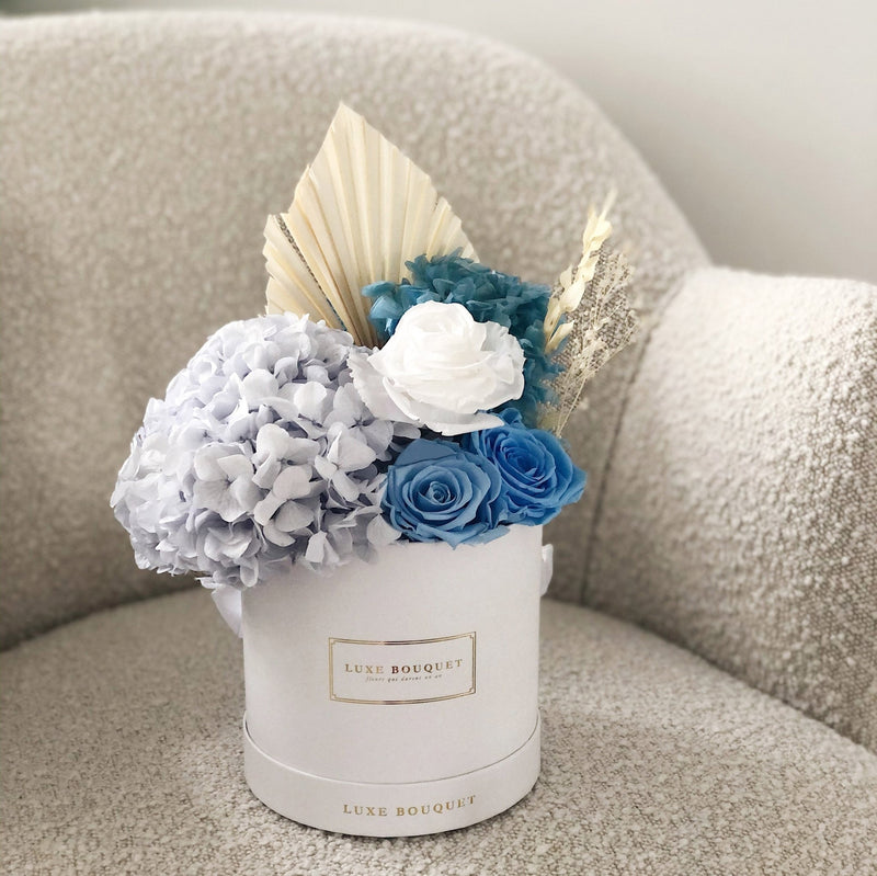 Blueberry Bouquet - Dried Flowers That Last a Year - Luxe Bouquet roses that last a year
