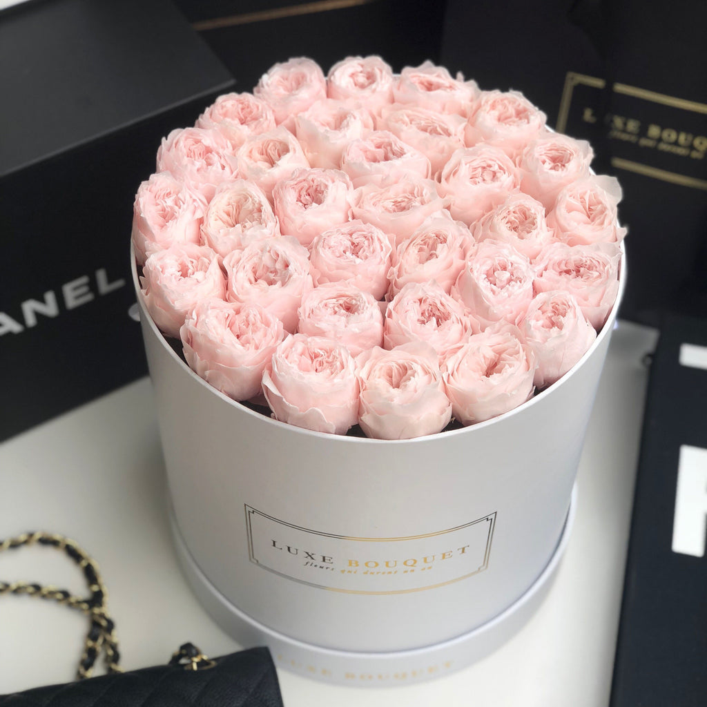 Everlasting Austin Roses - Luxe Bouquet roses that last a year