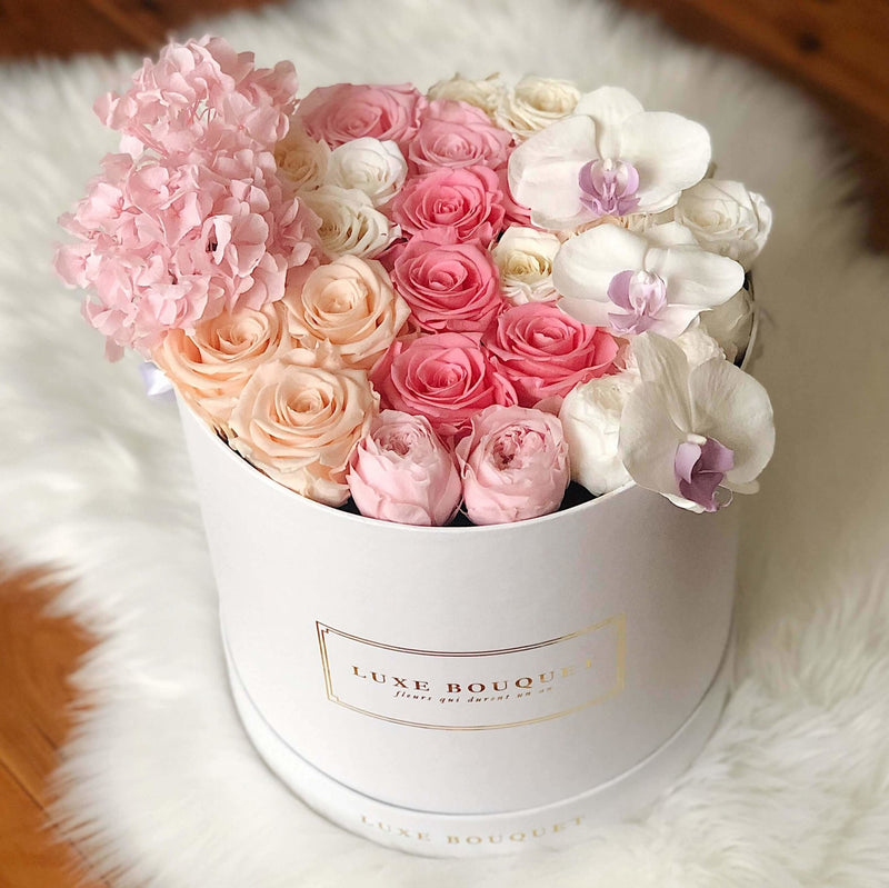 Everlasting Cotton Candy Bouquet - Luxe Bouquet roses that last a year