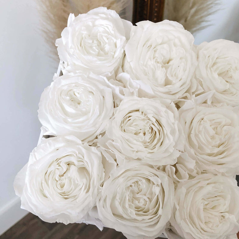 Everlasting Garden Roses Box - Luxe Bouquet roses that last a year