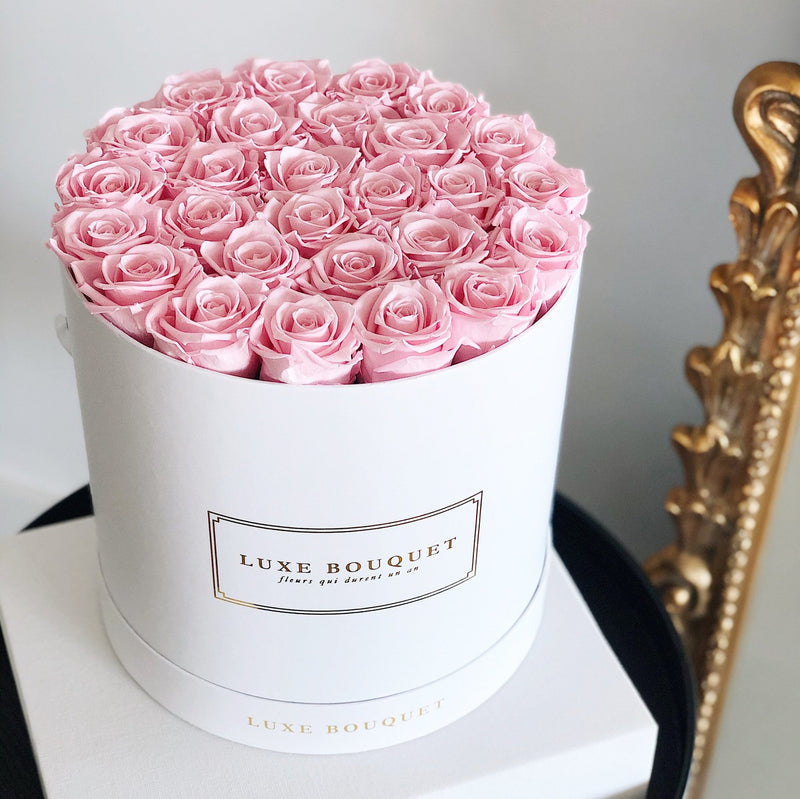 Grand Luxe Bouquet Box - Baby Pink - Luxe Bouquet roses that last a year