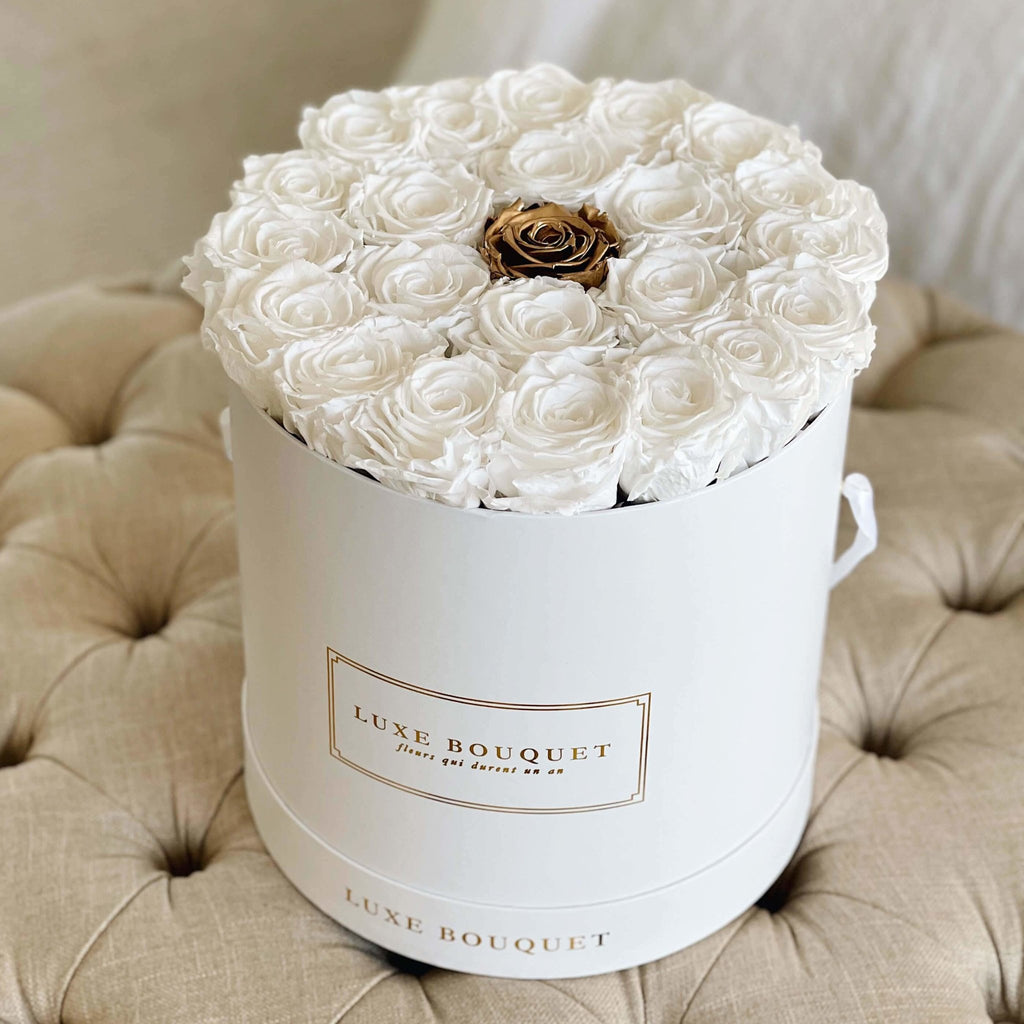 Grand Luxe Bouquet Box - White with Single Gold - Luxe Bouquet roses that last a year