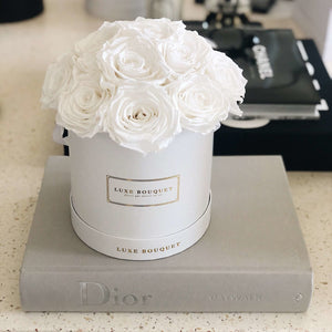 La Fleur Box - Luxe Bouquet roses that last a year