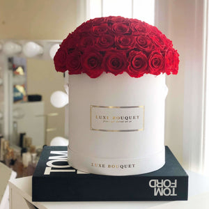 Le Magnifique Box (Sydney Only) - Luxe Bouquet roses that last a year
