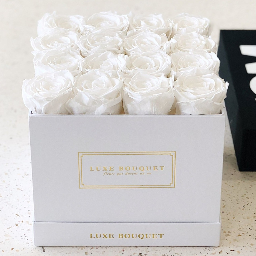 Medium Everlasting Square Box - Luxe Bouquet roses that last a year