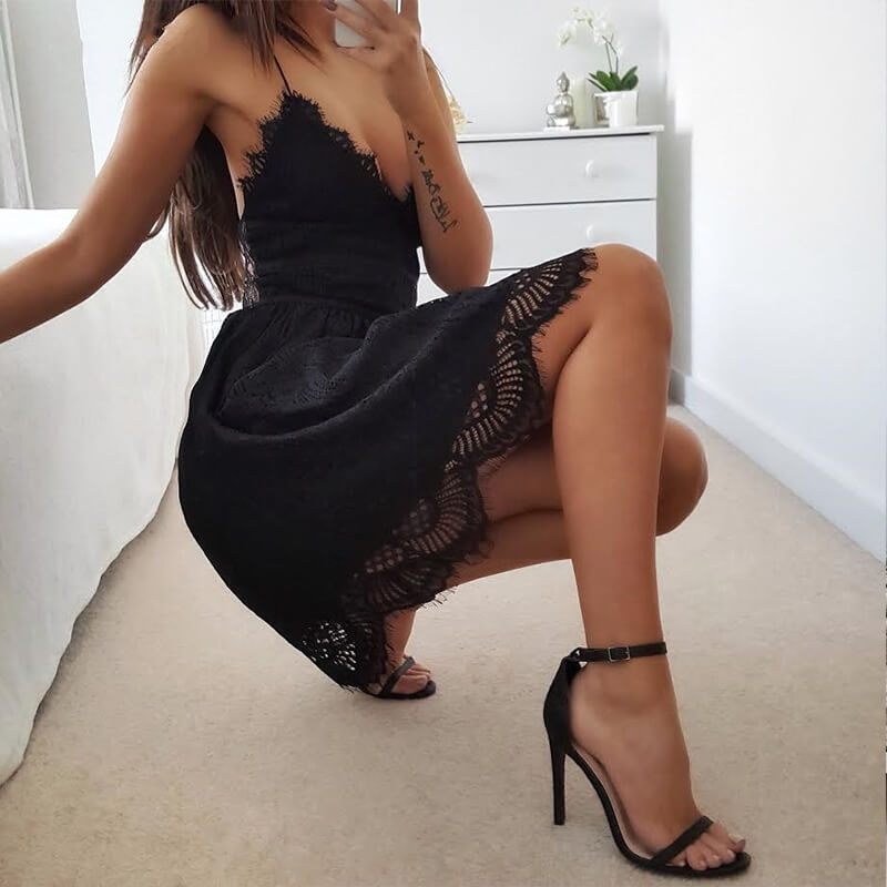 Marilyn - Spaghetti Strap Lace Dress - Black