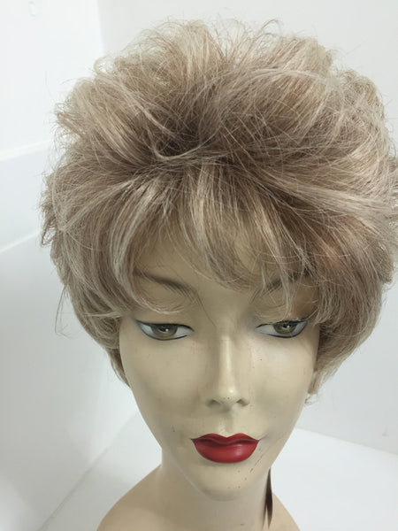 Short layered blonde wig