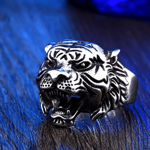 Tiger Style Ring
