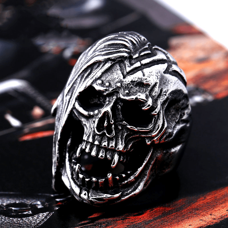 Deadly Skull Ring