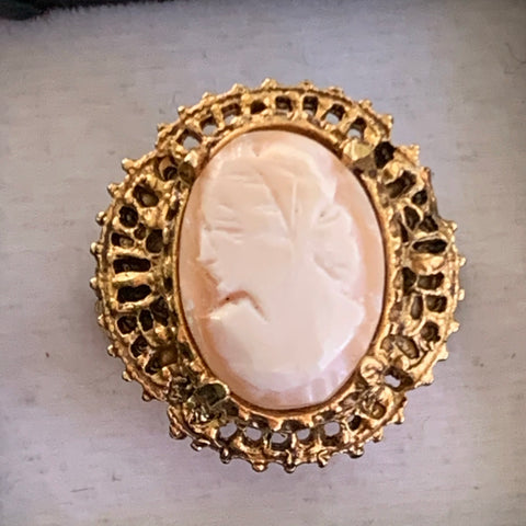 Vintage Florenza Genuine Carved Shell Cameo Ring - Lady Slippers