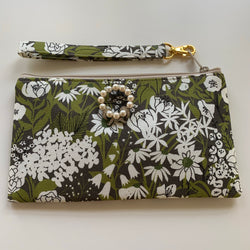 LS Garden & Pearls Wristlet Clutch Purse - Lady Slippers