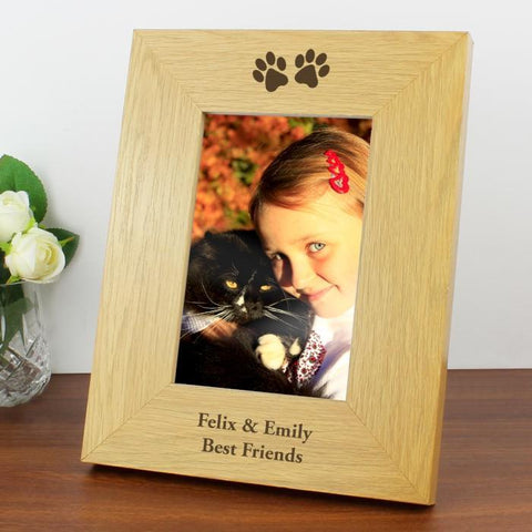 Personalised Oak Finish 4x6 Paw Prints Photo Frame