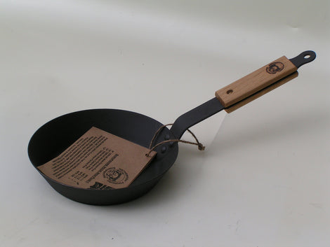 "Netherton Foundry Cast Iron 8"" Frying Pan"