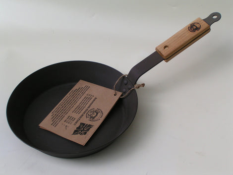 Netherton Foundry Cast Iron 12 Inch Frying Pan