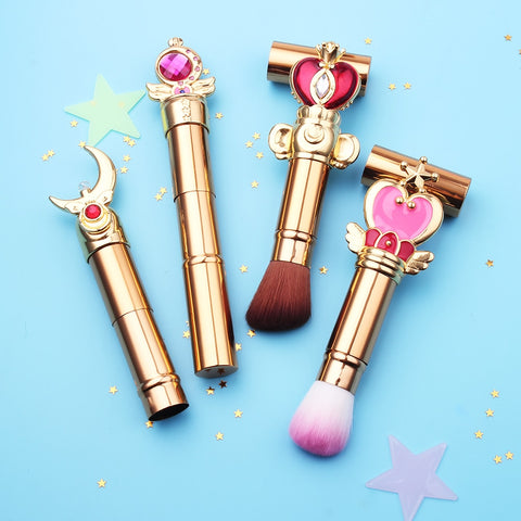 Sailor Moon Retractable Face Makeup Brush