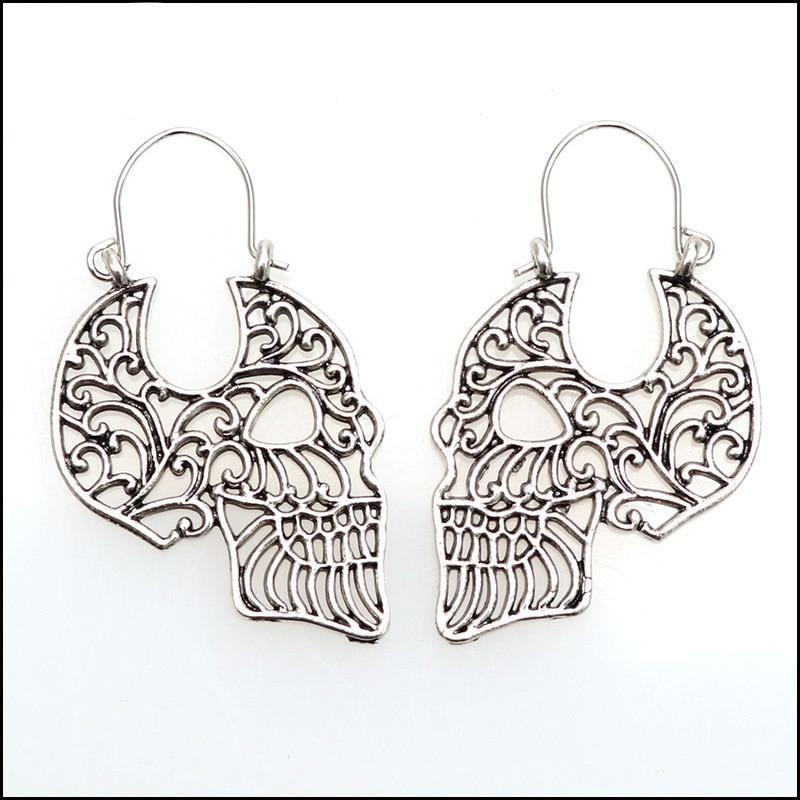 Retro Hollow Skull Gothic Earrings