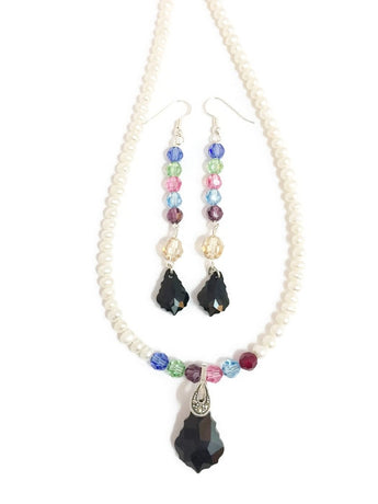 Pearl and Swarovski necklace with colored Swarovski crystals and Swarovski pendant