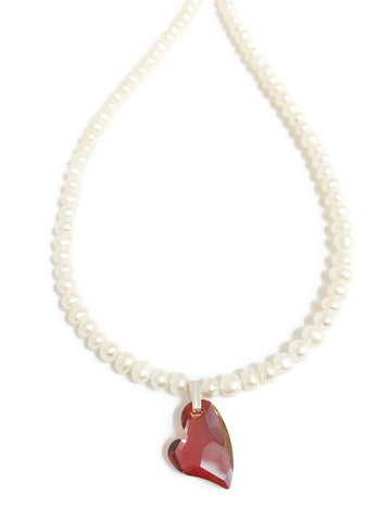 Pearl necklace with Swarovski heart pendant in Red