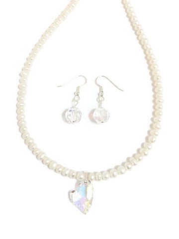 Pearl and Swarovski necklace with Swarovski pearl pendant in crystal clear