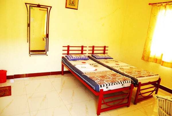 Koynanagar: Stay in Dam View Standard Room  + Campfire + All meals (Veg/Non-veg)