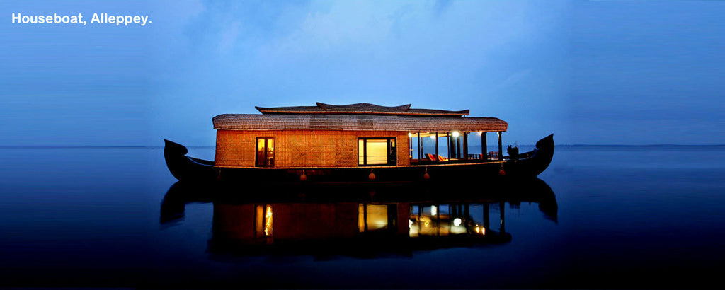 Alappuzha Houseboat (Overnight Package): Stay in Deluxe AC Houseboats with all Meals and More!