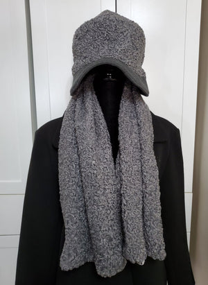 Hat and Scarf Set for Women