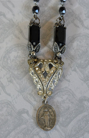 Vintage Art Deco Pendant Necklace