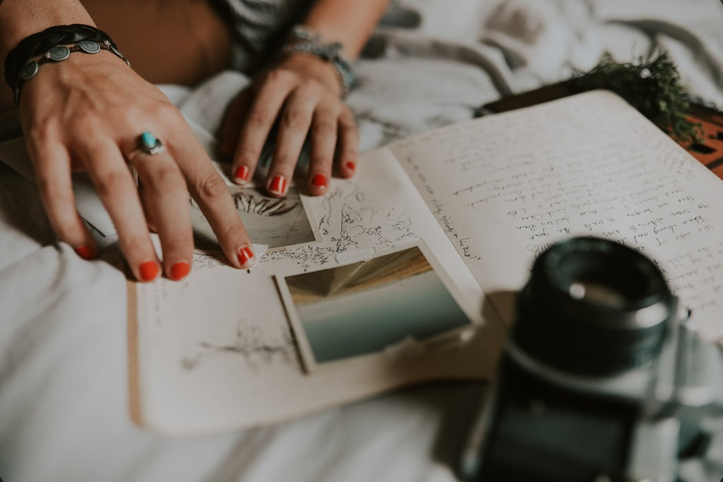 5 Ways That a Regular Journaling Practice Can Help You Thrive