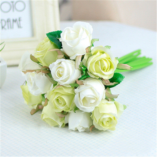 12 Piece Artificial Silk Rose Bouquet