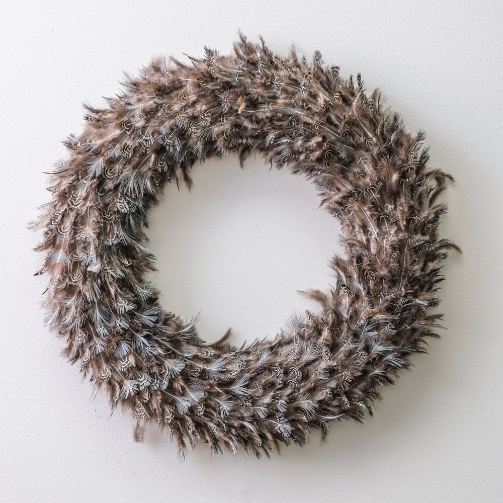 Speckled Feather Wreath - Mama's Junk Co.