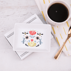 Bee Spring Tray March Hygge Box