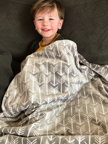 Gray and White Arrow Minky Baby Blanket | Toddler Minky Blanket | Cozy and Warm Travel Blanket | Baby Shower Gift