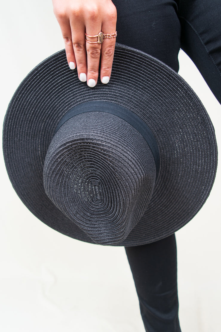 Lucia Hat - The Willow Tree Boutique