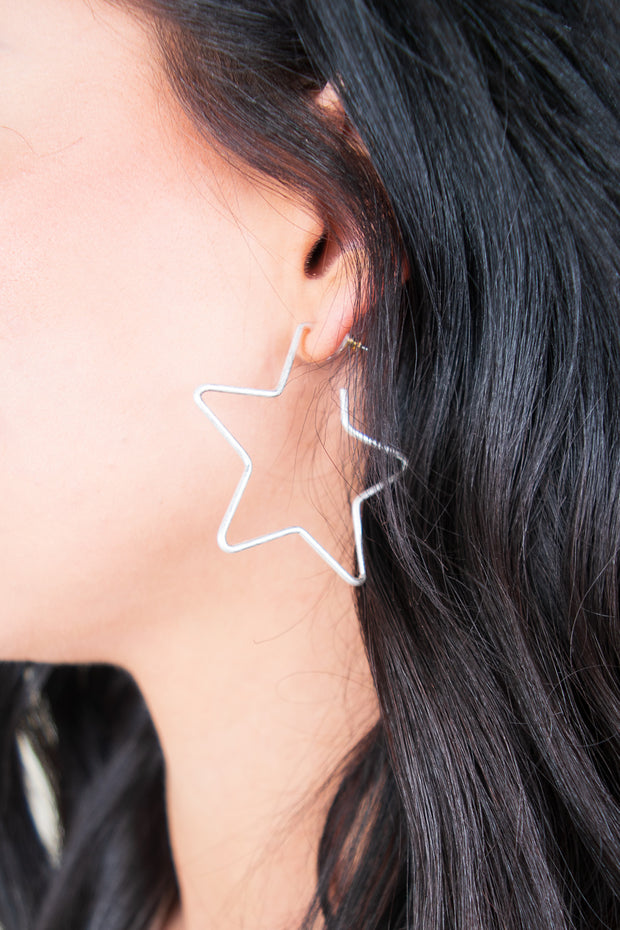 Olivia Star Earrings Silver - The Willow Tree Boutique
