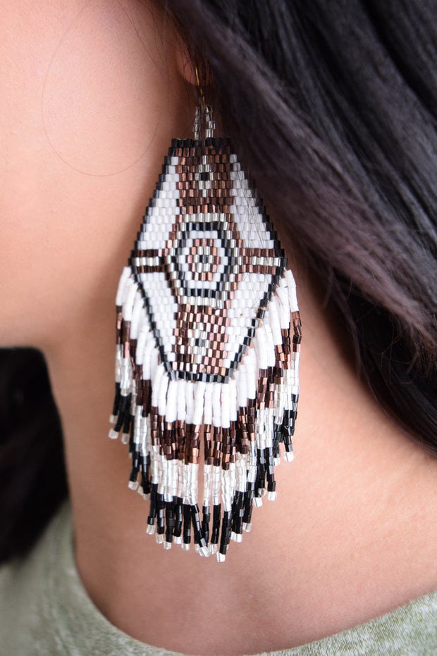 Jennifer Earring/White & Brown