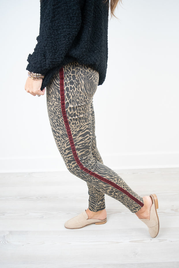Red Stripe Cheetah Skinny